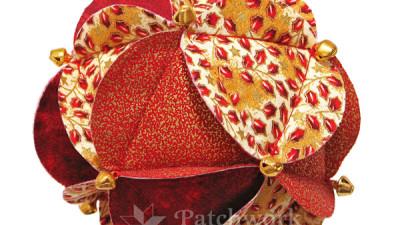 Patchworková šitá vianočná guľa