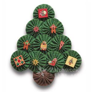 Vianočný stromček s gombíkmi