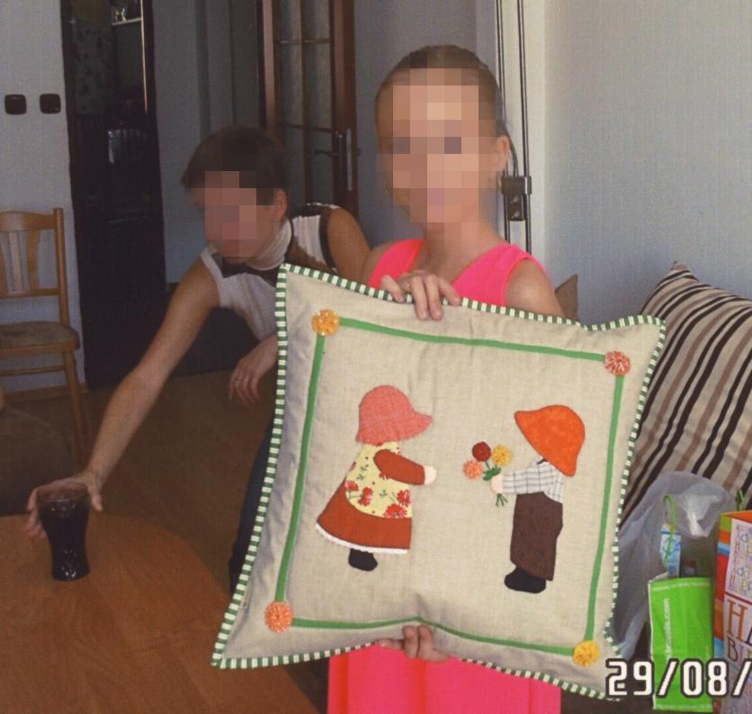 Martina vnučka s vankúšikom